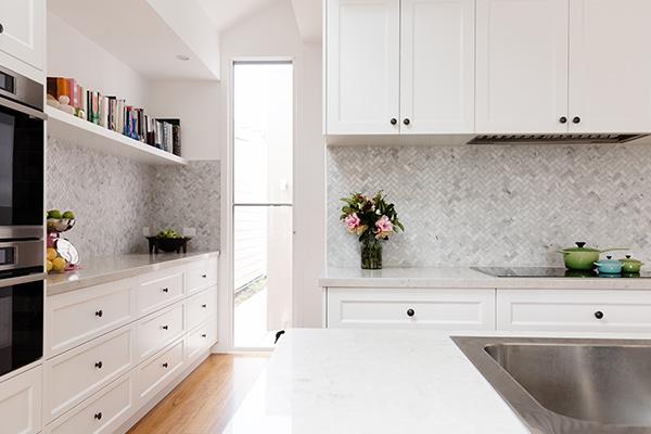 Hamptons-Style-Kitchen-Design
